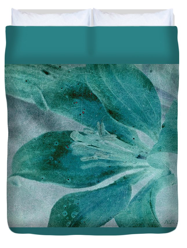 Lily Duvet Cover featuring the photograph Aqualily by WB Johnston