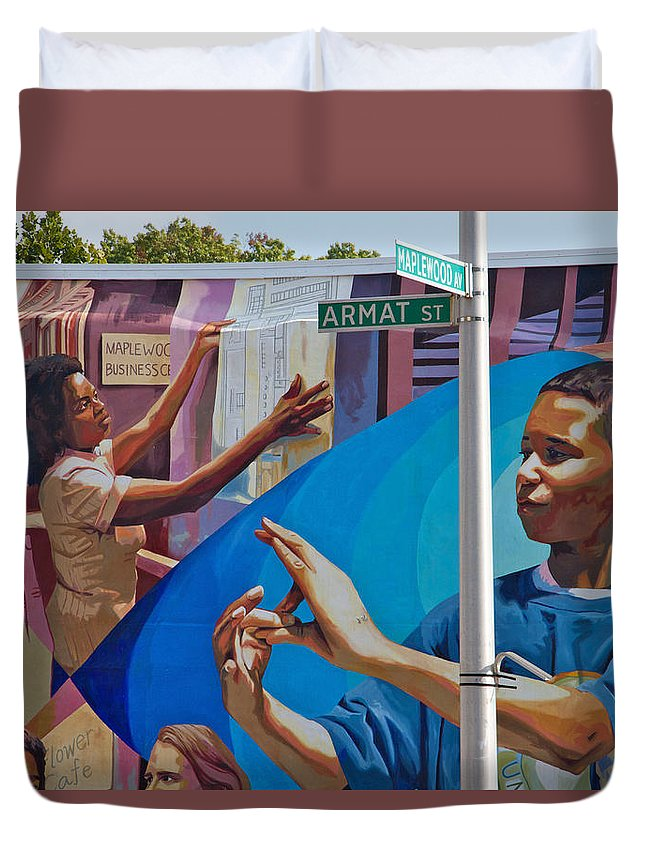 Germantown Duvet Cover featuring the photograph Aramat St Mural by Alice Gipson