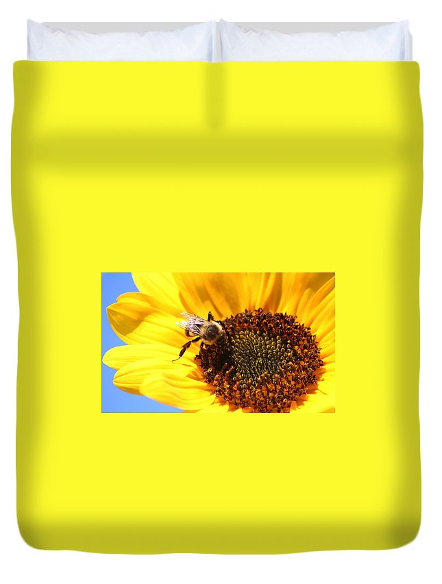 Flower Duvet Cover featuring the photograph Are You Buzzing? by Sheryl Chapman Photography