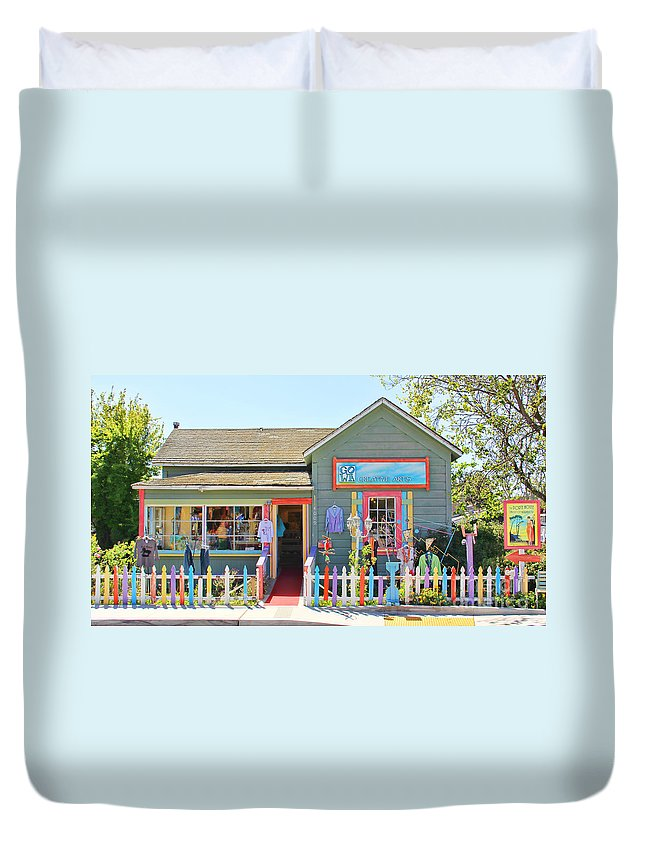 Art Gallery Duvet Cover featuring the photograph Artist Gallery In Cambria California 7142 by Jack Schultz