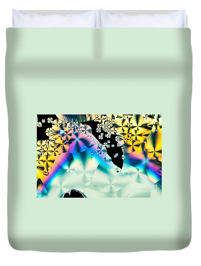Abstract Duvet Cover featuring the photograph Ascorbic Acid Crystals In Polarized Light by Stephan Pietzko