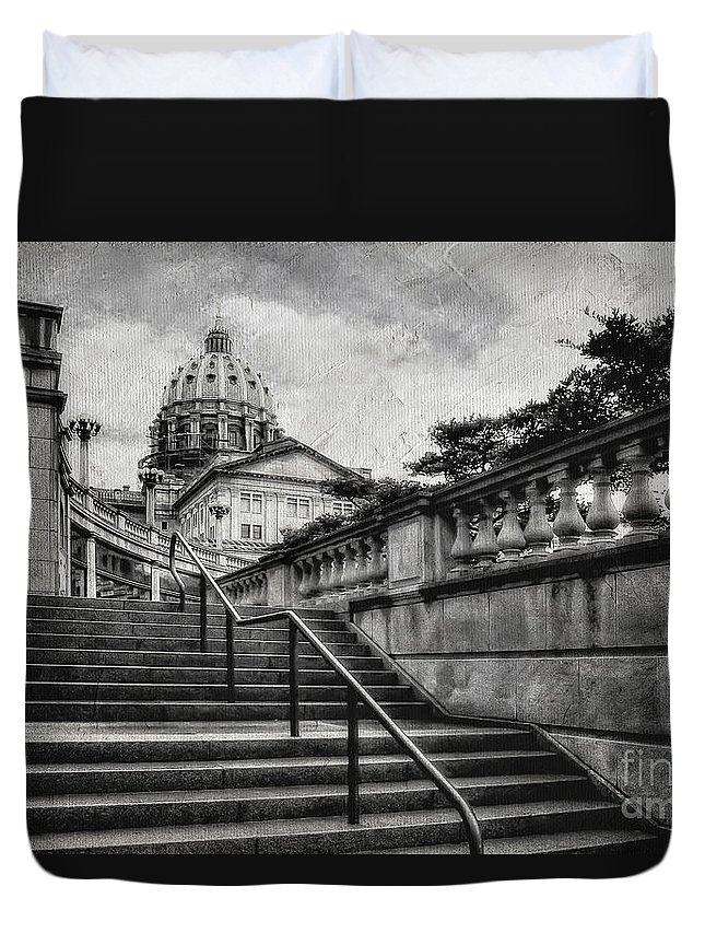 Harrisburg Duvet Cover featuring the photograph Aspirations In Black And White by Lois Bryan