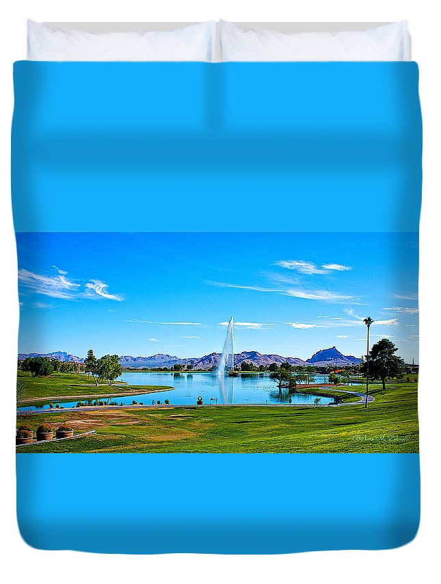 Fountain Hills Duvet Cover featuring the photograph At Fountain Park by Barbara Zahno