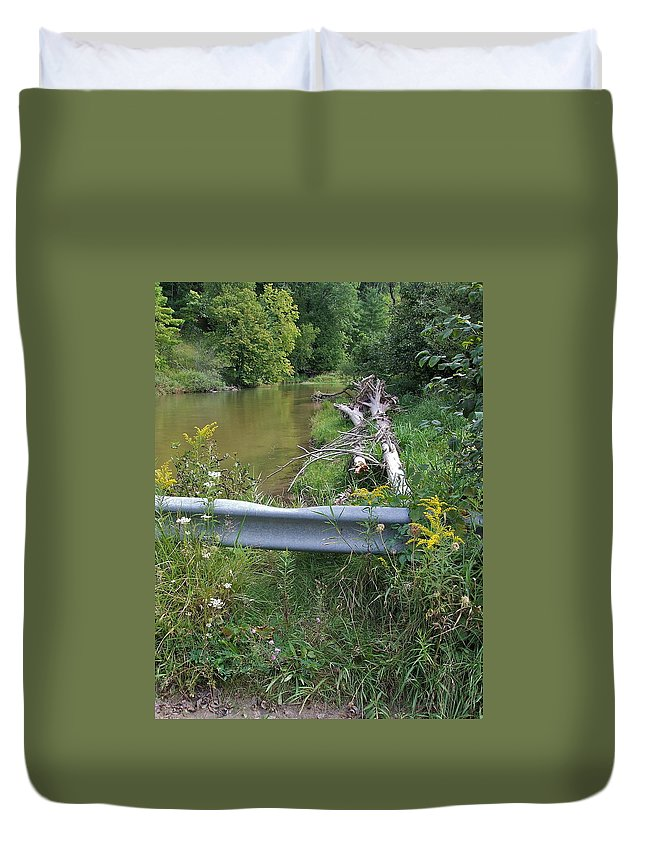 Pine River Duvet Cover featuring the photograph At Low Bridge by Susan Wyman