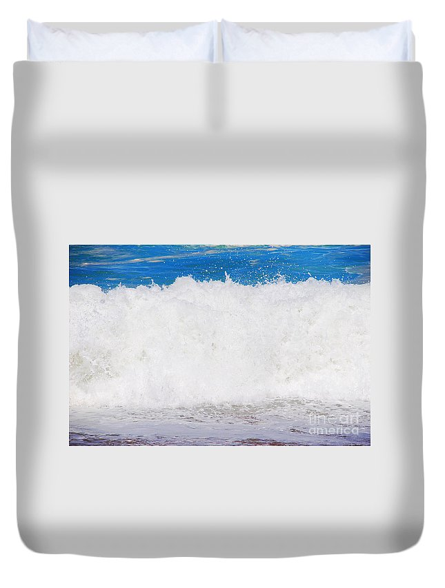 Water Duvet Cover featuring the photograph Atlantic Ocean Wave by Luis Alvarenga