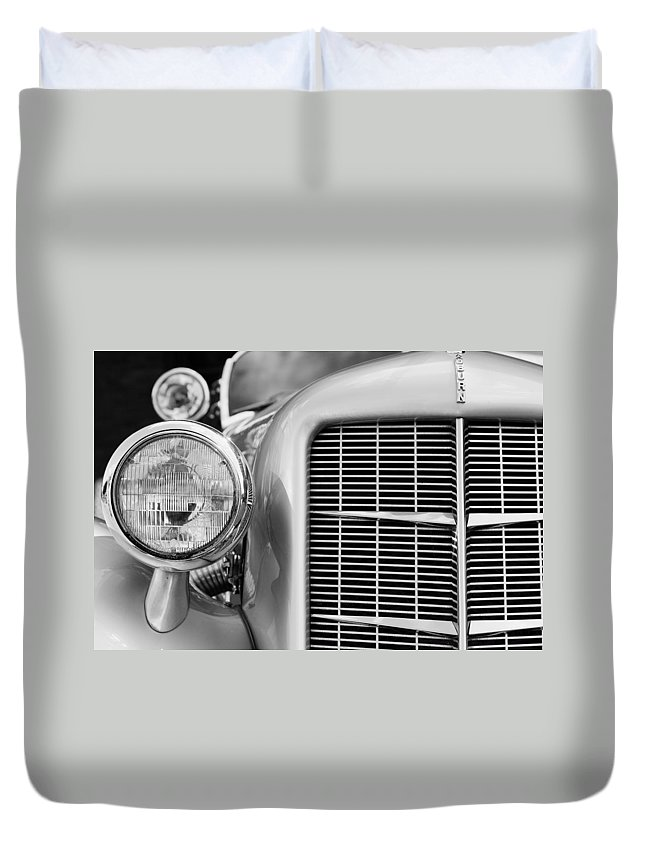 Auburn Duvet Cover featuring the photograph Auburn by Alexey Stiop