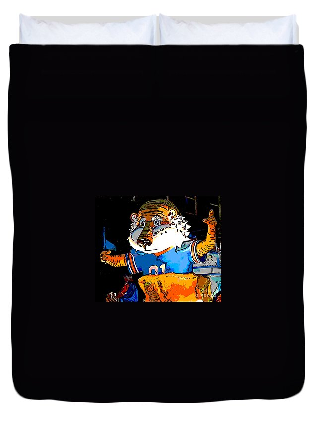 Computer Graphics Duvet Cover featuring the photograph Auburn Tiger by Marian Bell
