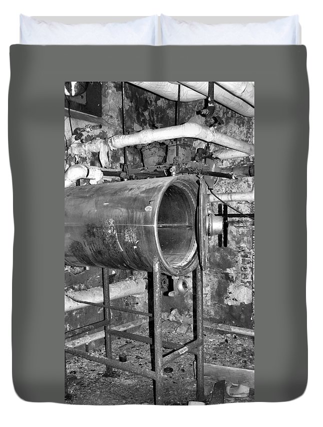 Heart Duvet Cover featuring the photograph Autoclave by Art Dingo