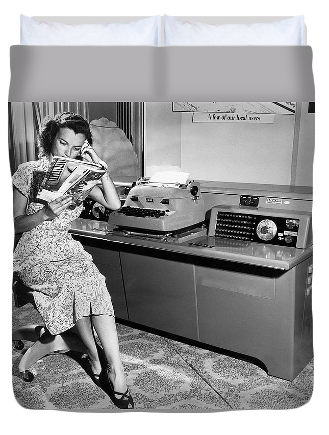 1 Person Duvet Cover featuring the photograph Automatic Typewriter by Underwood Archives