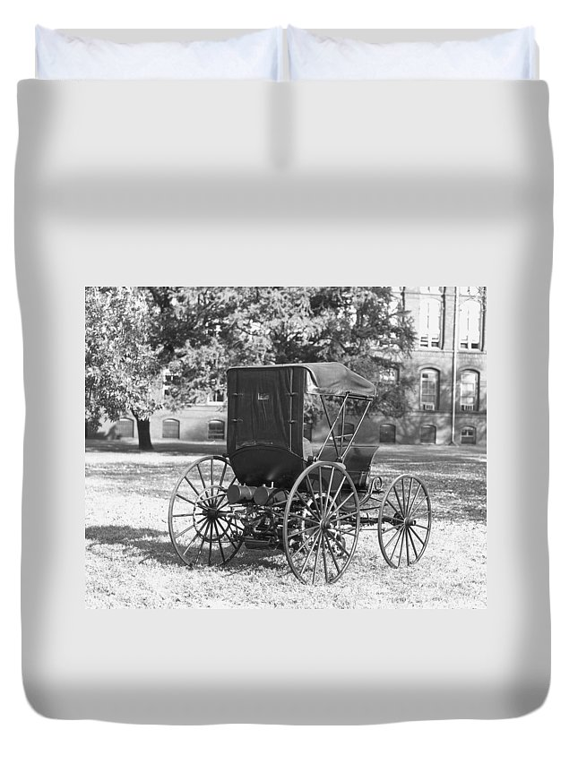 1893 Duvet Cover featuring the photograph Automobile Duryea, 1893-94 by Granger