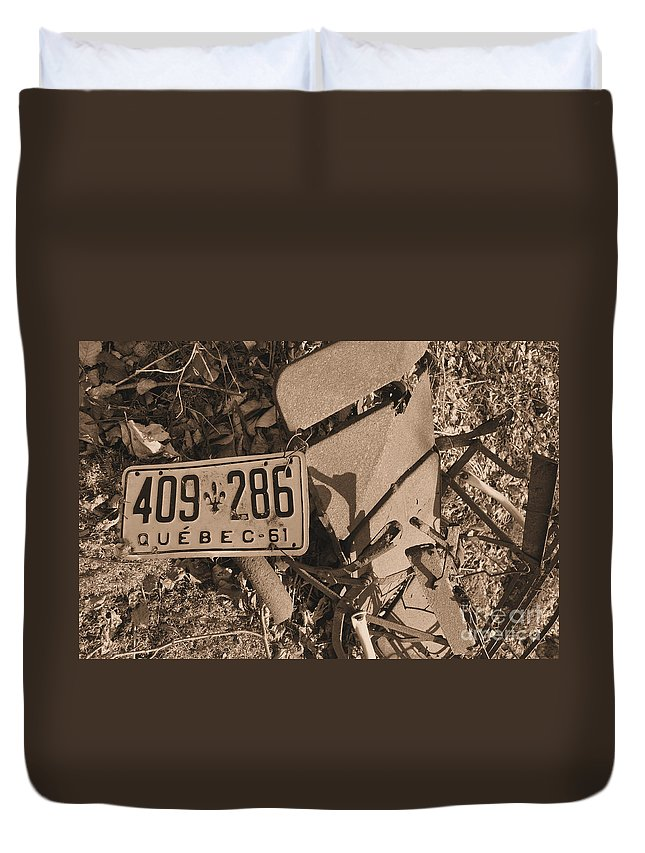 Montreal Duvet Cover featuring the photograph Automobile Graveyard by Matthew Naiden