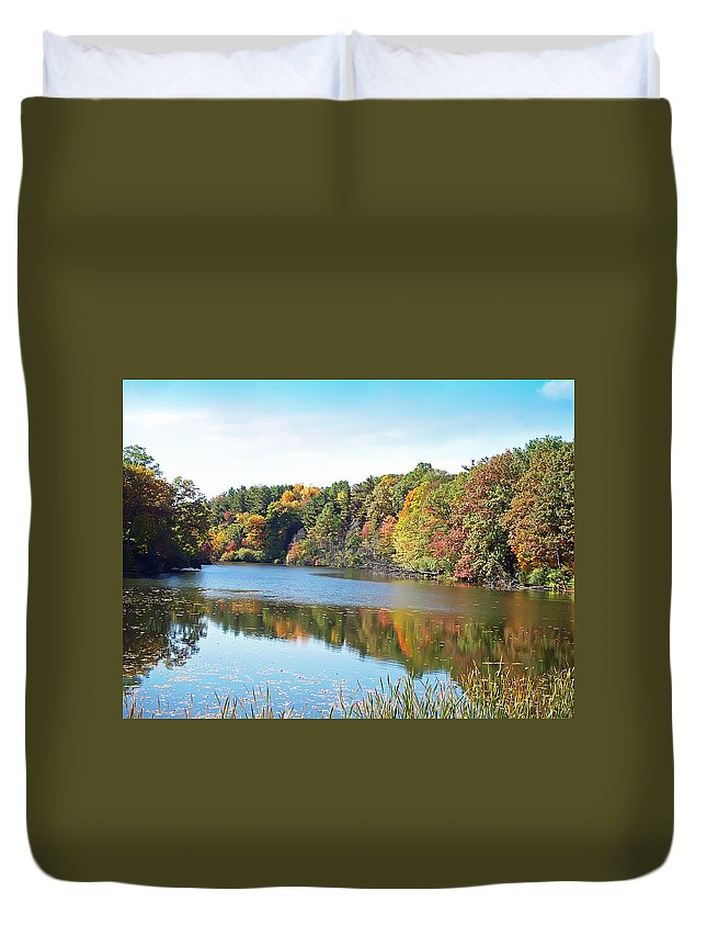 Durand Eastman Park Duvet Cover featuring the photograph Autumn At Durand by Aimee L Maher ALM GALLERY
