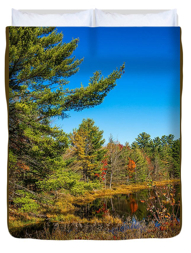 Steve Harrington Duvet Cover featuring the photograph Autumn Lake 4 by Steve Harrington