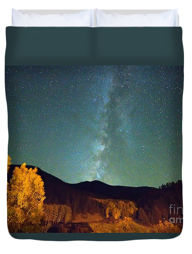 Milkyway Duvet Cover featuring the photograph Autumn Milky Way by James BO Insogna