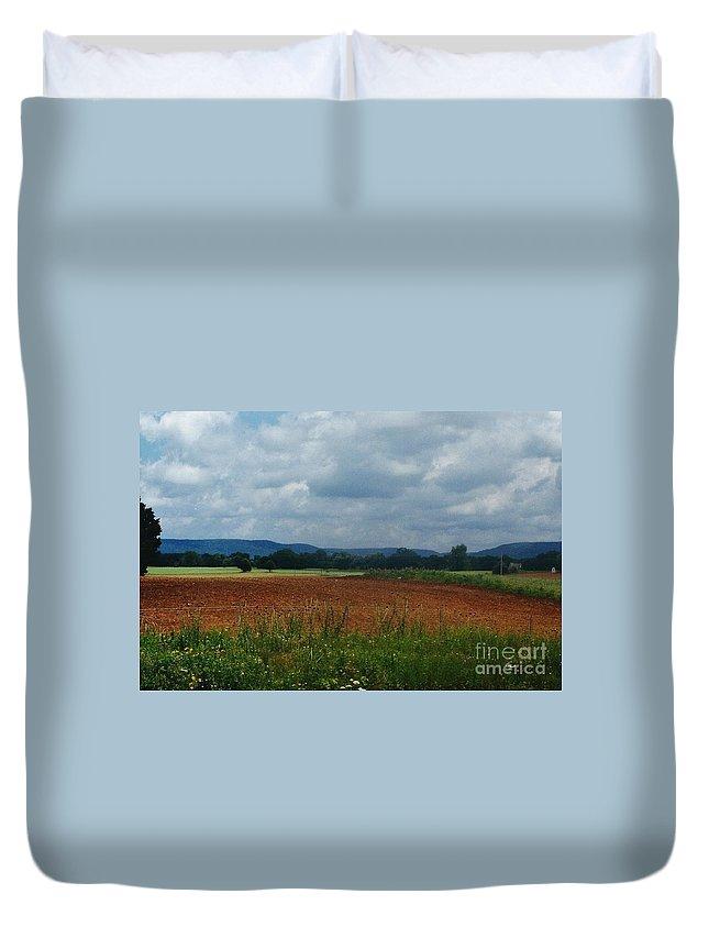 Landscape Duvet Cover featuring the photograph Autumn Mountain by D Hackett