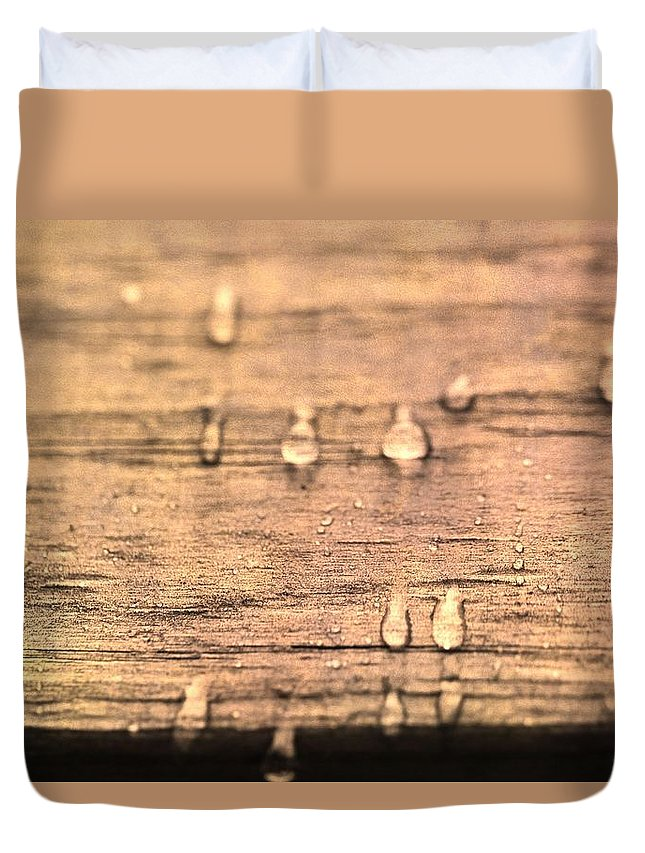 Autumn Rain On Wood Duvet Cover featuring the photograph Autumn Rain On Wood by Dan Sproul