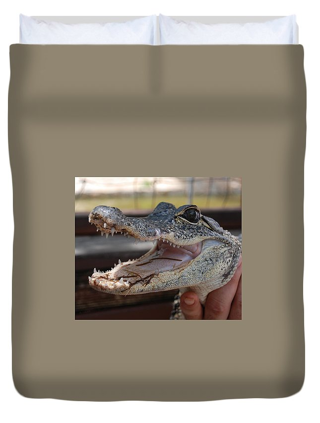 Macro Duvet Cover featuring the photograph Baby Gator by Rob Hans