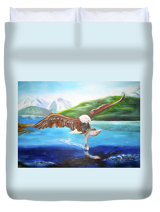 Eagle Duvet Cover featuring the painting Bald Eagle Having Dinner by Thomas J Herring