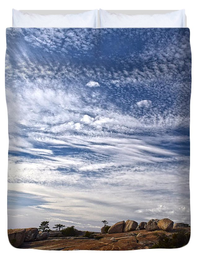 Bald Rock Dome Duvet Cover featuring the photograph Bald Rock Glacial Erratics by Frank Wilson
