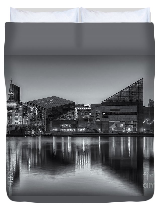Clarence Holmes Duvet Cover featuring the photograph Baltimore National Aquarium At Dawn II by Clarence Holmes