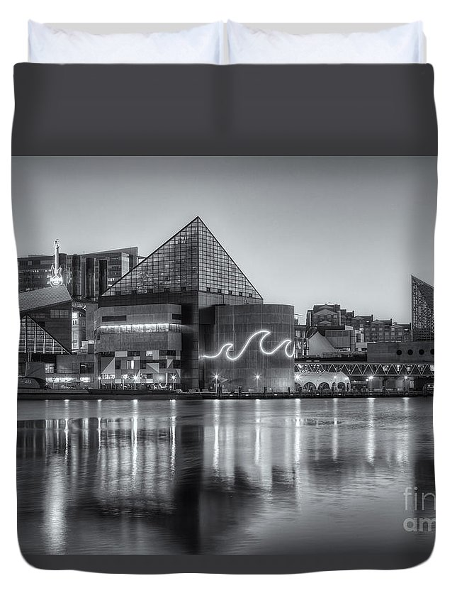 Clarence Holmes Duvet Cover featuring the photograph Baltimore National Aquarium At Dawn Iv by Clarence Holmes