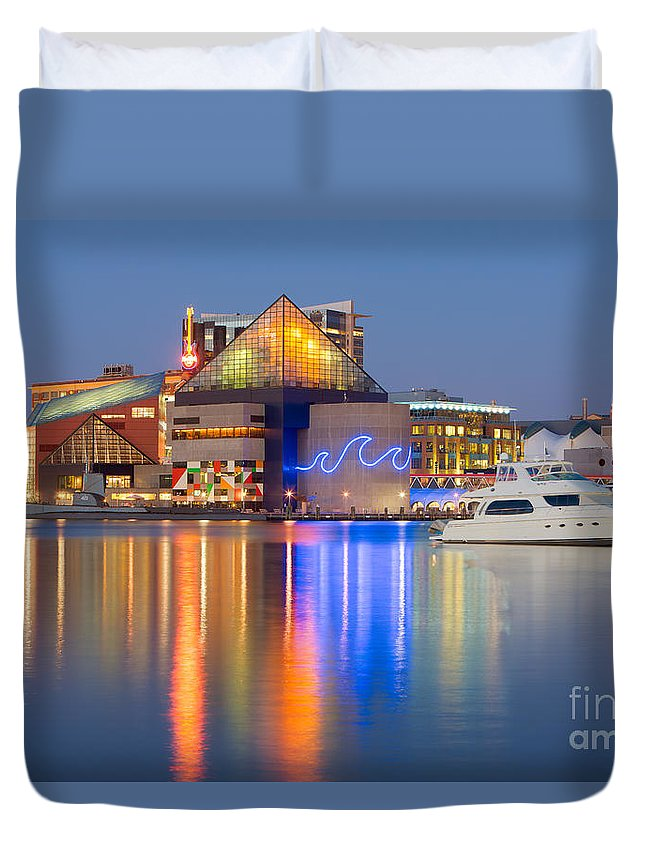 Clarence Holmes Duvet Cover featuring the photograph Baltimore National Aquarium At Twilight I by Clarence Holmes