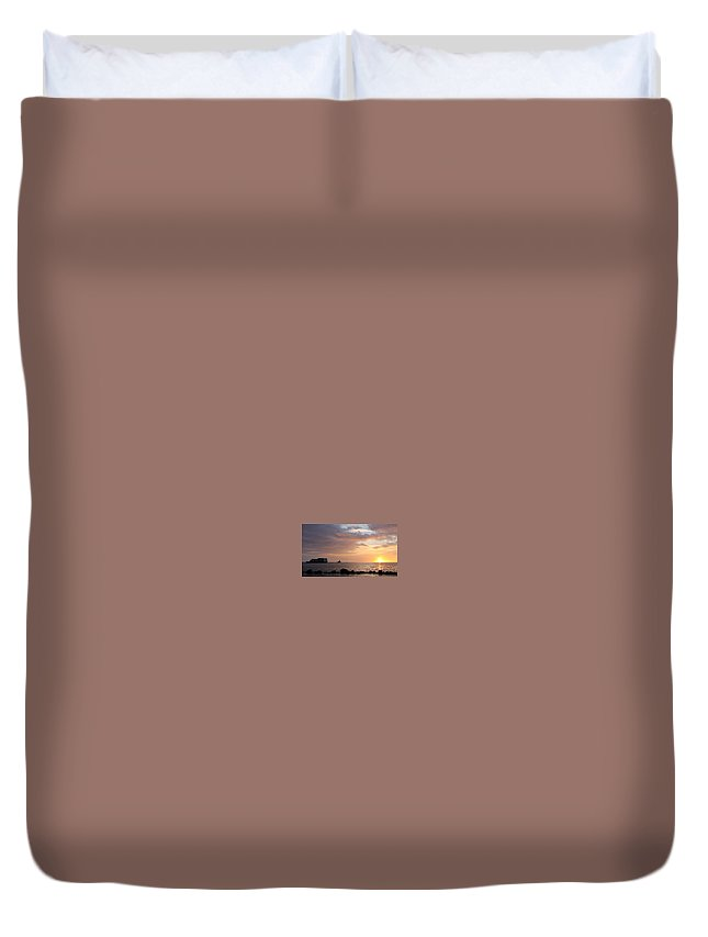Barge Duvet Cover featuring the photograph Barge Into The Sunset by Pamela Walton