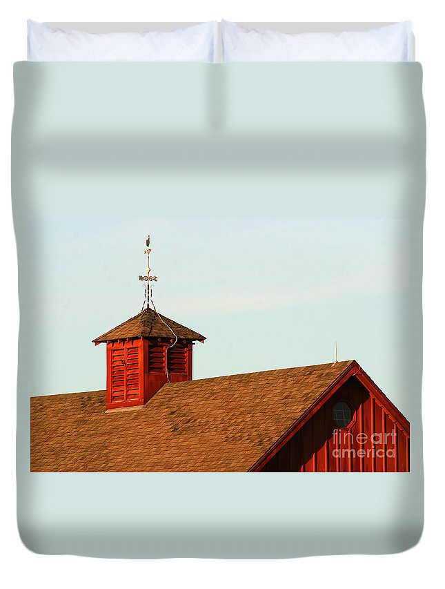 Agriculture Duvet Cover featuring the photograph Barn-3684 by Gary Gingrich Galleries