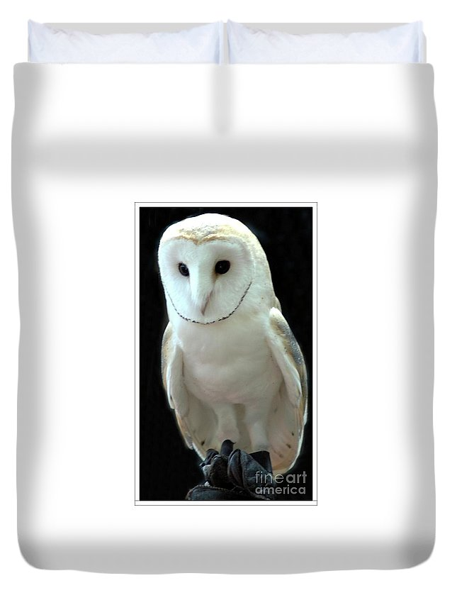 Barn Duvet Cover featuring the photograph Barn Owl. by Kathleen Struckle