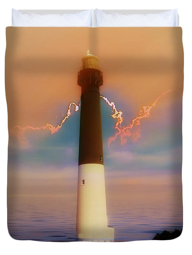 Barnegat Duvet Cover featuring the photograph Barnegat Lighthouse In New Jersey by Bill Cannon