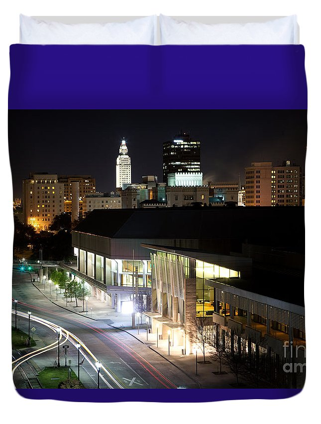 Baton Rouge Duvet Cover featuring the photograph Baton Rouge River Center by Bill Cobb