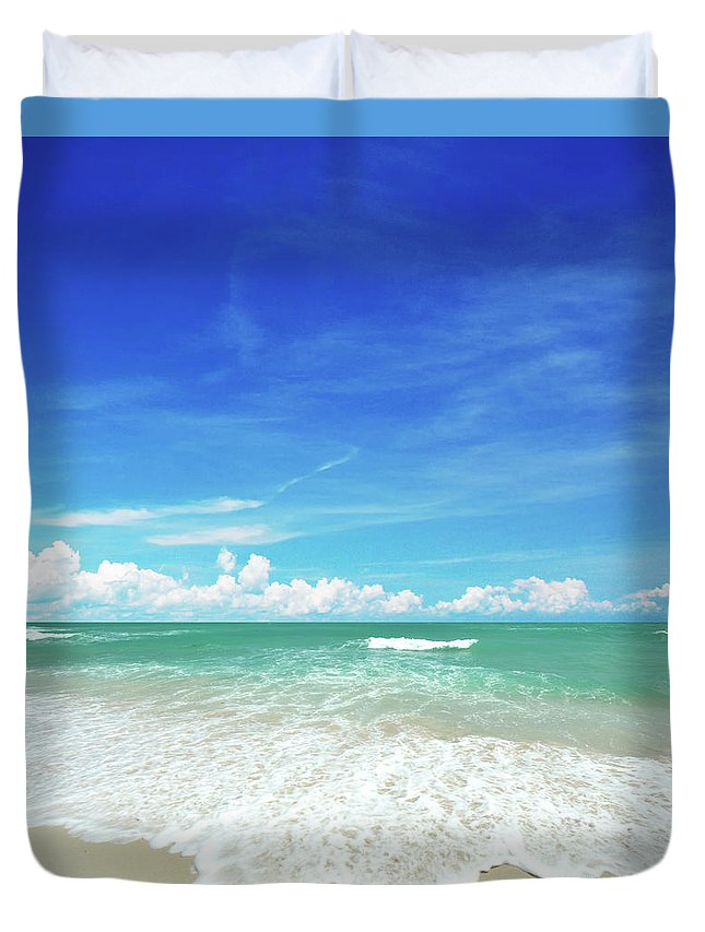 Tranquility Duvet Cover featuring the photograph Beach by Photo By Arztsamui