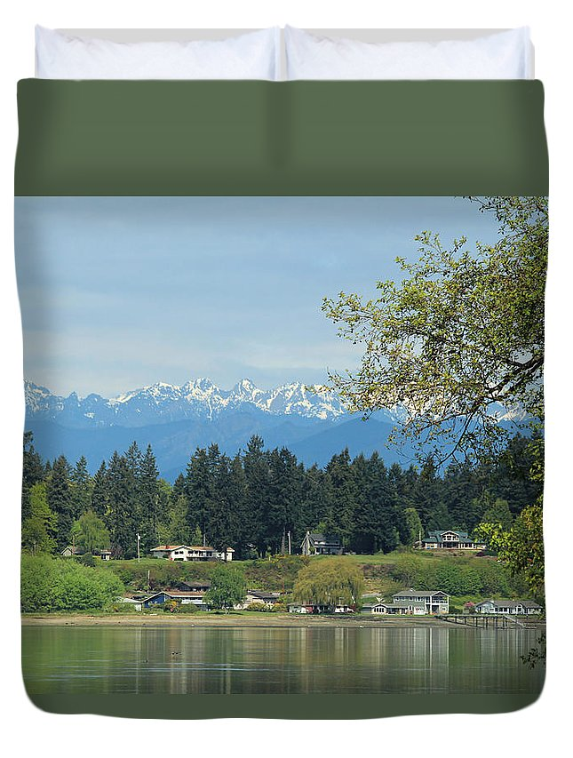 Rocky Point Duvet Cover featuring the photograph Beach Rights by E Faithe Lester