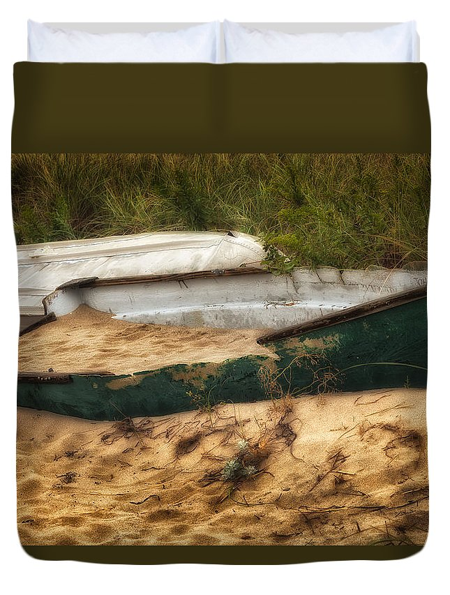 Dingy Duvet Cover featuring the photograph Beached by Bill Wakeley