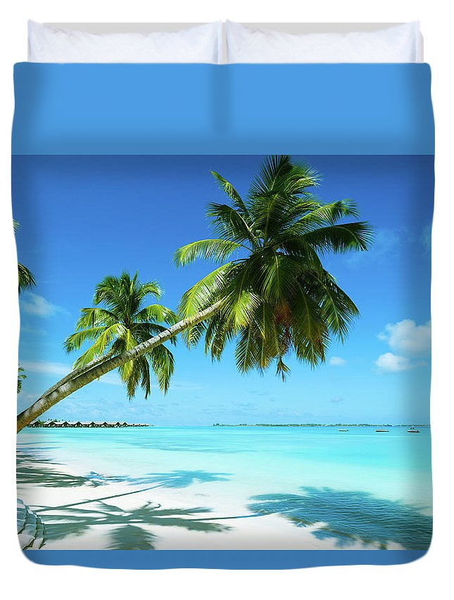 Water's Edge Duvet Cover featuring the photograph Beautiful Beach Resort by Phototalk