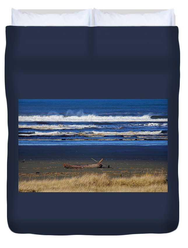 Ocean Duvet Cover featuring the photograph Beautiful Ocean Shores by Jeanette C Landstrom