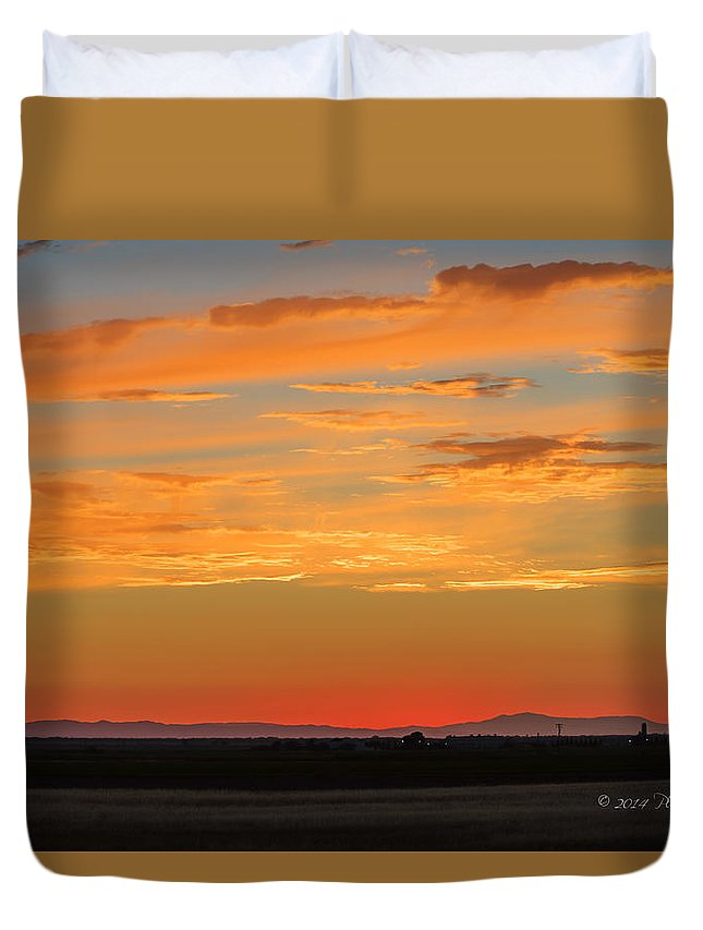 California Duvet Cover featuring the photograph Beautiful Sunset by Jim Thompson