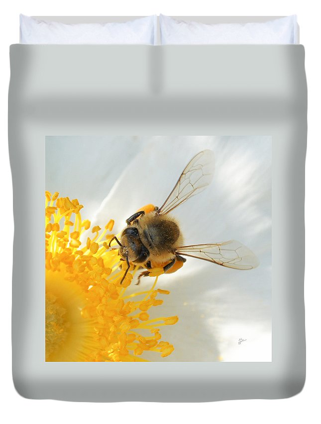Bee Duvet Cover featuring the photograph Bee-u-tiful Squared by TK Goforth