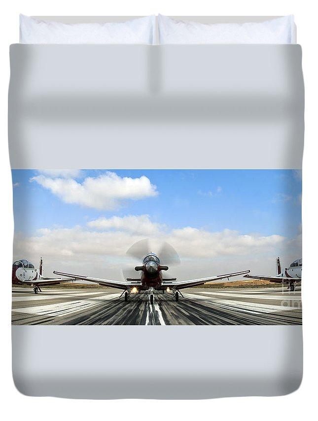 Beechcraft Duvet Cover featuring the photograph Beechcraft T-6a Texan II - by Nir Ben-Yosef