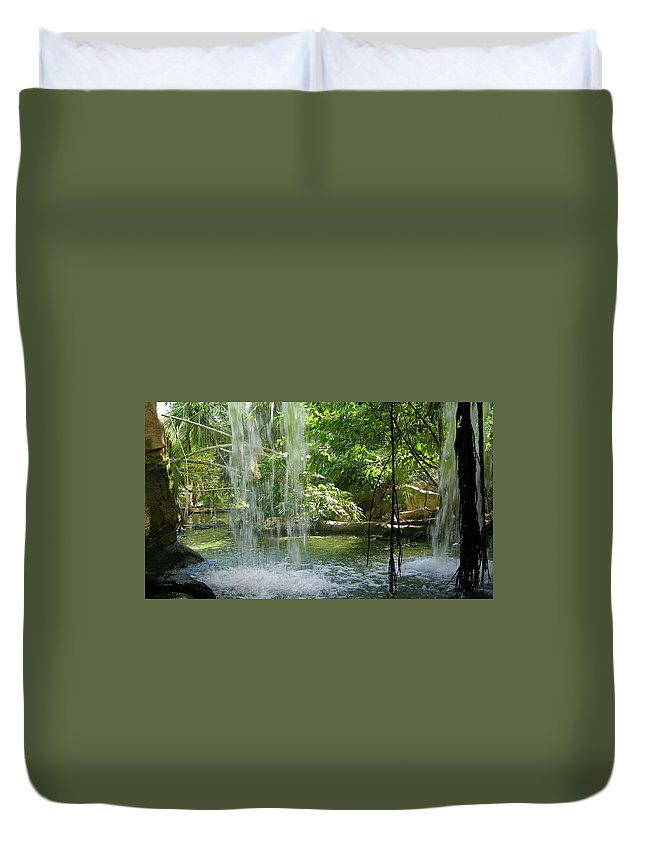 Miami Zoo Florida Waterfall Water Pool Duvet Cover featuring the photograph Behind The Falls by John Wall