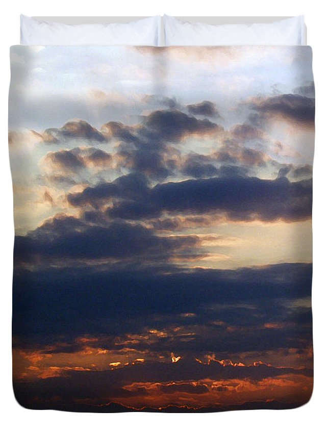 Behold The Dawn Duvet Cover featuring the painting Behold The Dawn by Ellen Henneke
