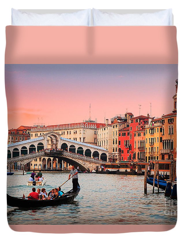 Canal Grande Duvet Cover featuring the photograph La Bella Canal Grande by Inge Johnsson
