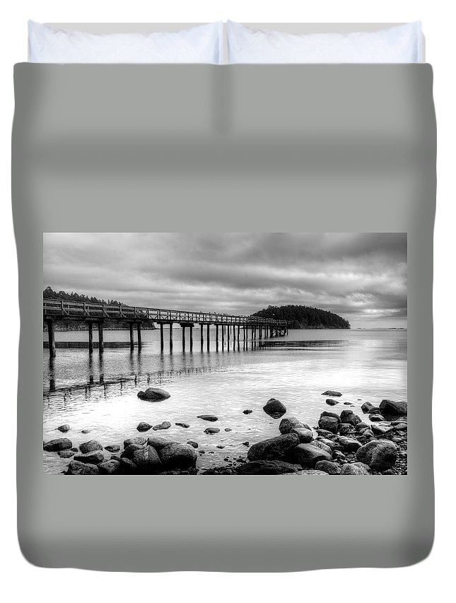 Black And White Duvet Cover featuring the photograph Bennet Bay Pier Black And White by John Greaves