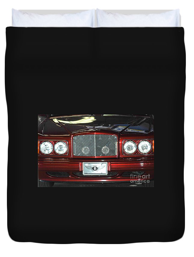Bentley Grill Duvet Cover featuring the photograph Bentley by Optical Playground By MP Ray