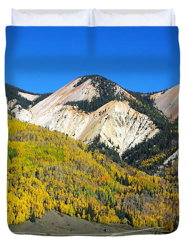 Colorado Photographs Duvet Cover featuring the photograph Best Of Nowhere by Gary Benson
