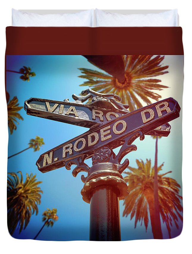 Beverly Hills Duvet Cover featuring the photograph Beverly Hills California by Lpettet