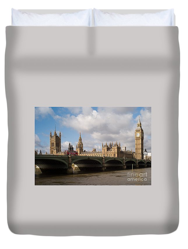 Clarence Holmes Duvet Cover featuring the photograph Big Ben And Houses Of Parliament by Clarence Holmes
