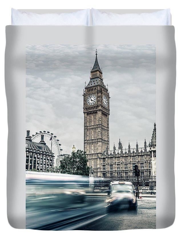 Gothic Style Duvet Cover featuring the photograph Big Ben At Dusk With Passing Traffic - by Alpamayophoto