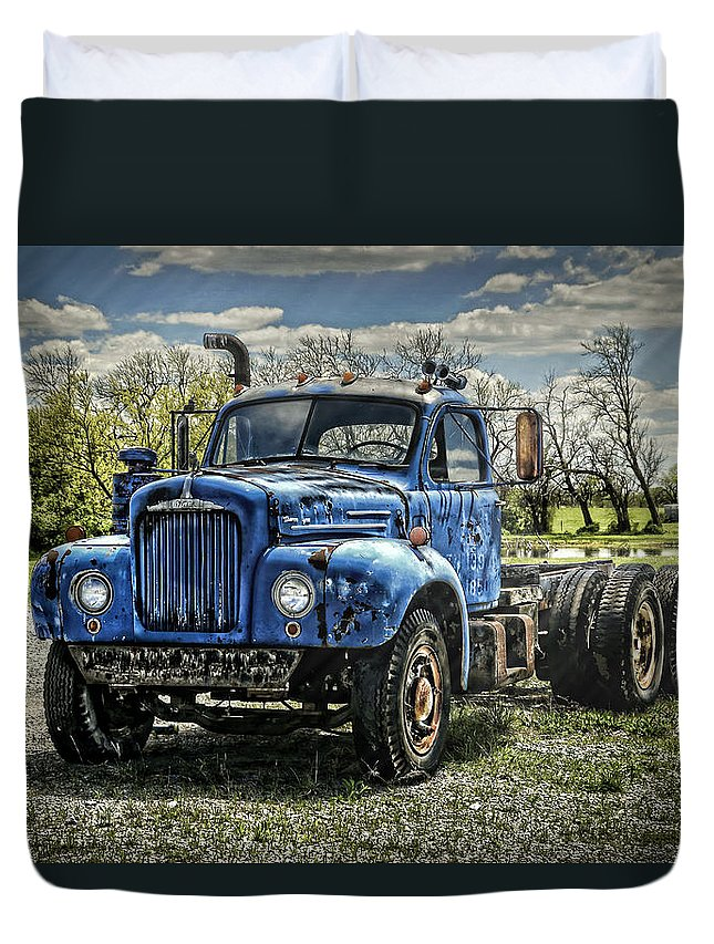 1958 Duvet Cover featuring the photograph Big Blue Mack by Ken Smith