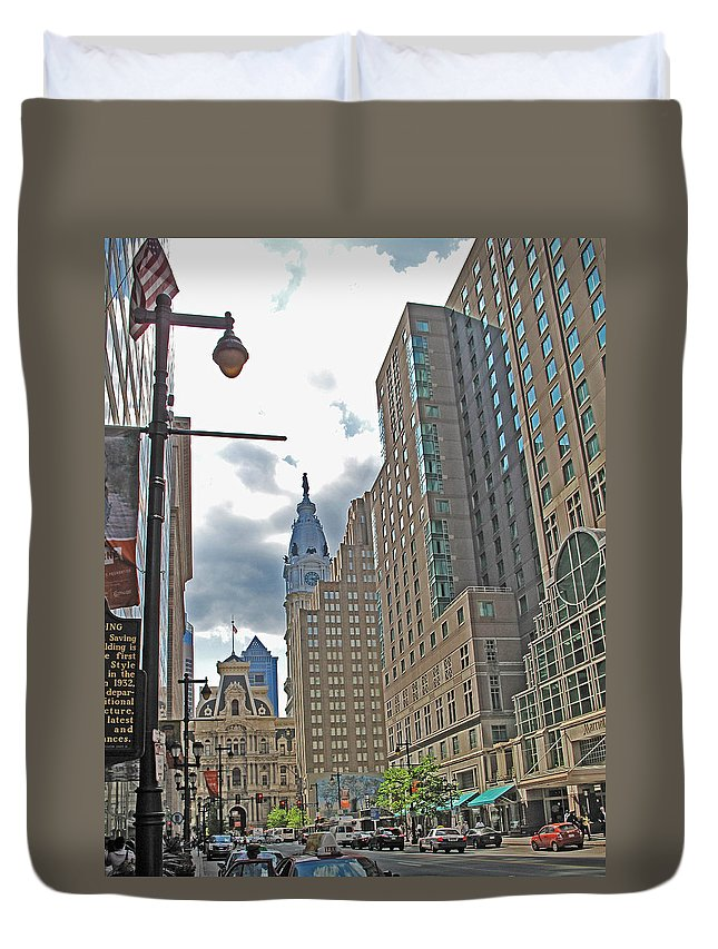 Philadelphia Duvet Cover featuring the photograph Big City Streets by Ian MacDonald
